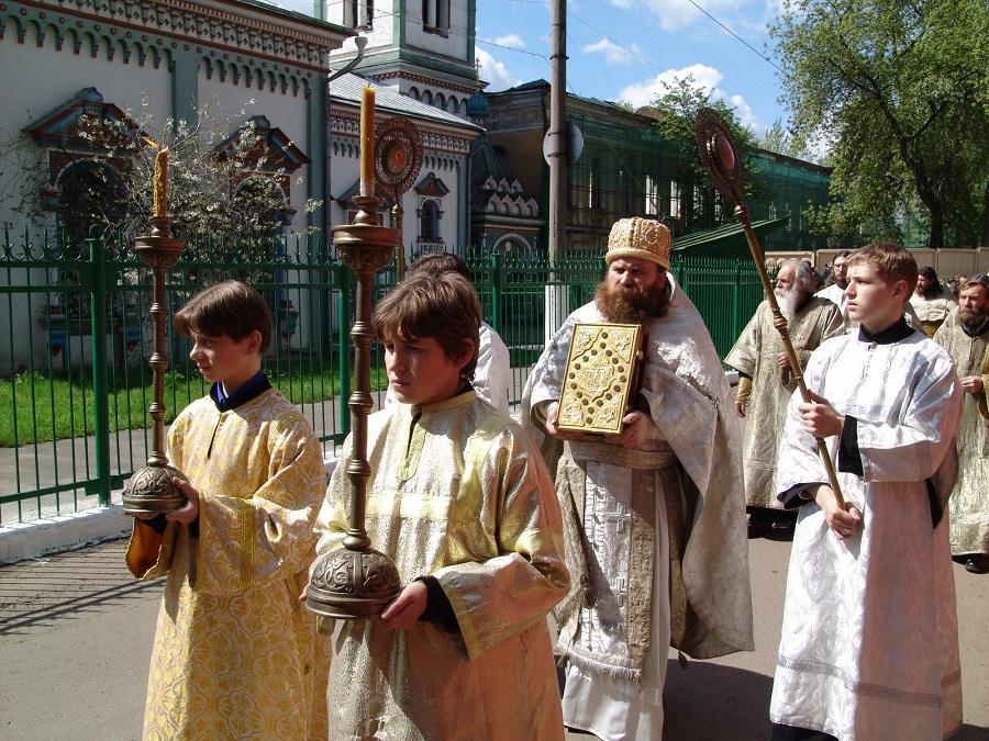 Ушли из жизни священник и академик