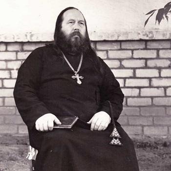Иван Петрович Кляузов, протоиерей