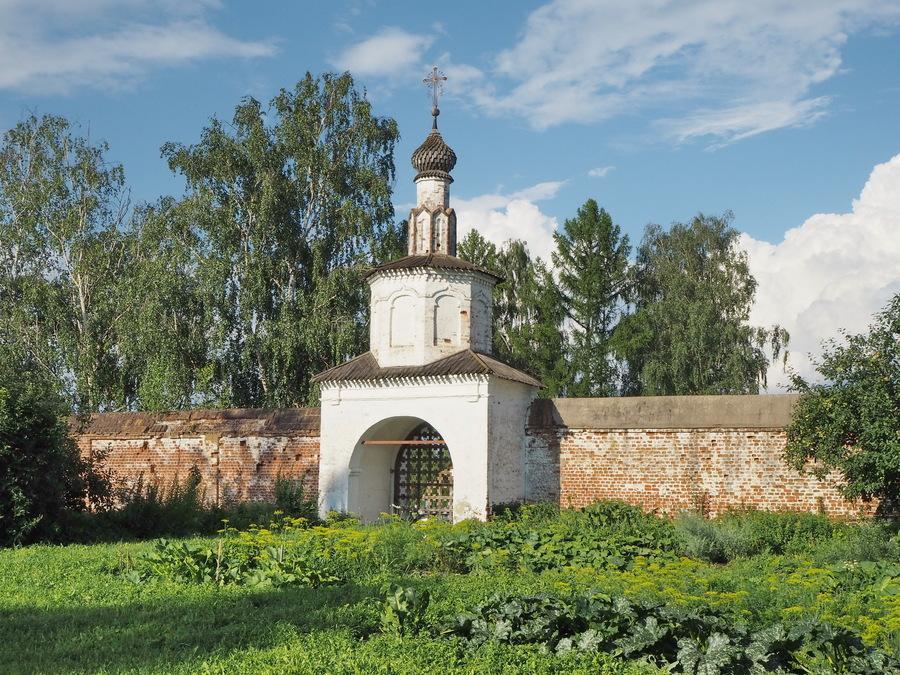 Монастыри и храмы Суздаля