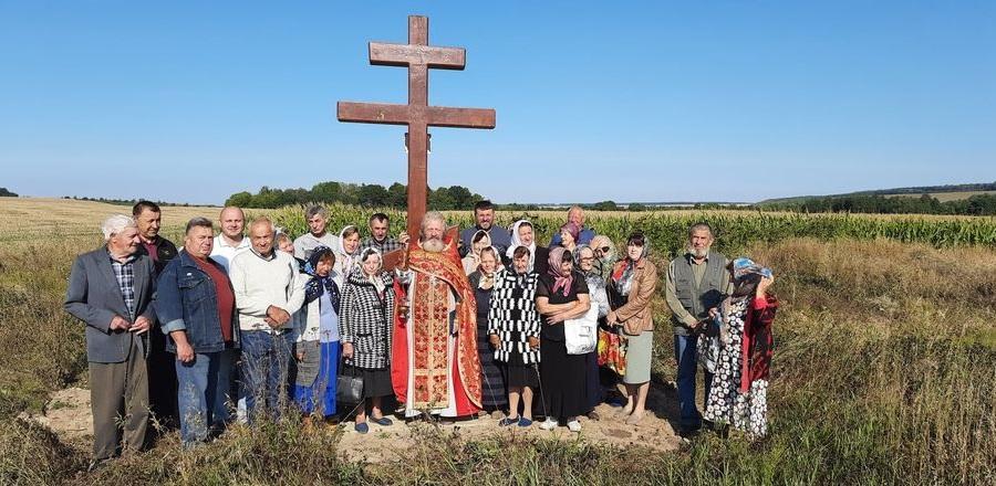 Старообрядцы Украины почтили память предков крестным ходом