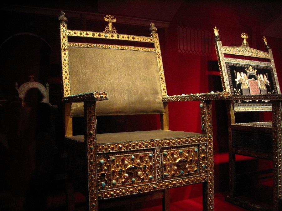 Царские троны. Оружейная палата Московского Кремля