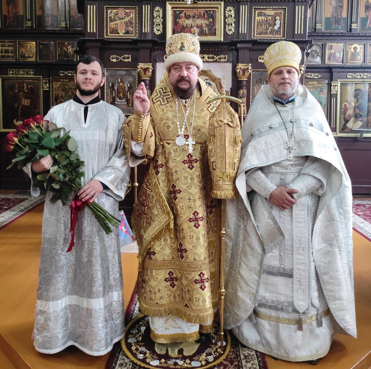 Архиерейская литургия в Киеве