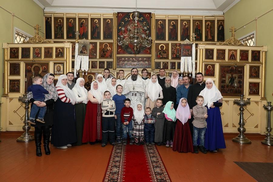 Старообрядческая община в Подмосковном поселке Шувое