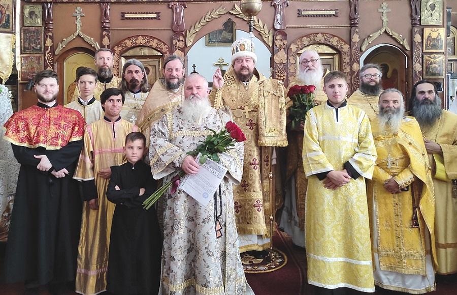 В Украинской Архиепископии известный старообрядческий доктор принял сан диакона