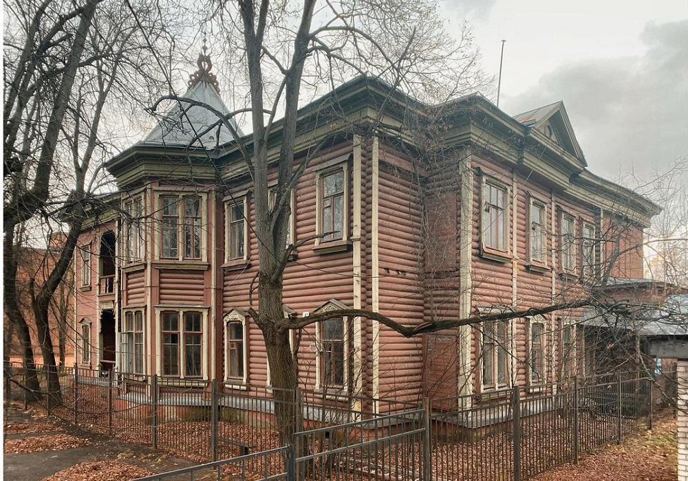 Дома Угрюмова