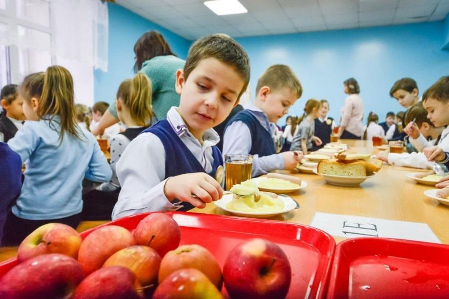 Меню для школьников России будет учитывать религиозные традиции