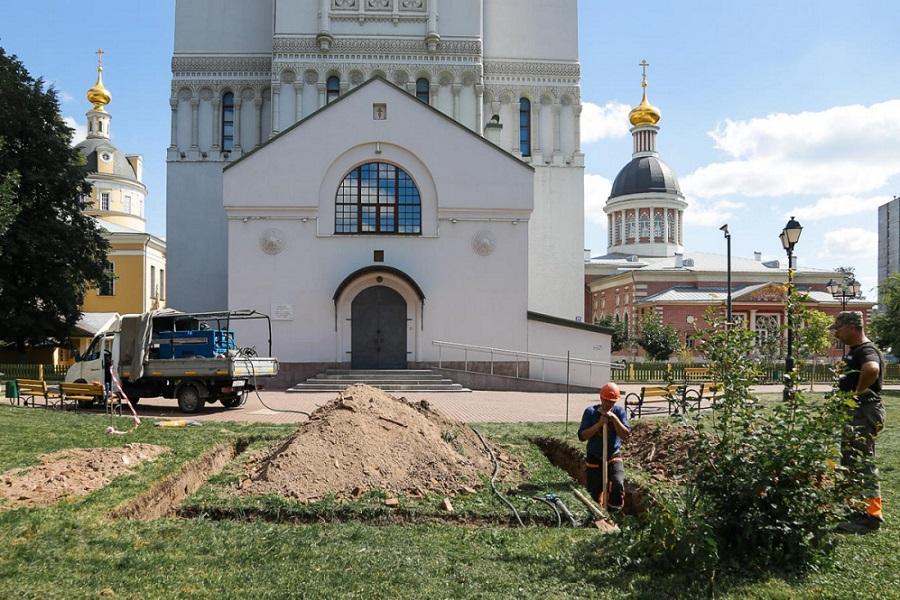 В духовном центре РПСЦ приступили к установке памятника протопопу Аввакуму