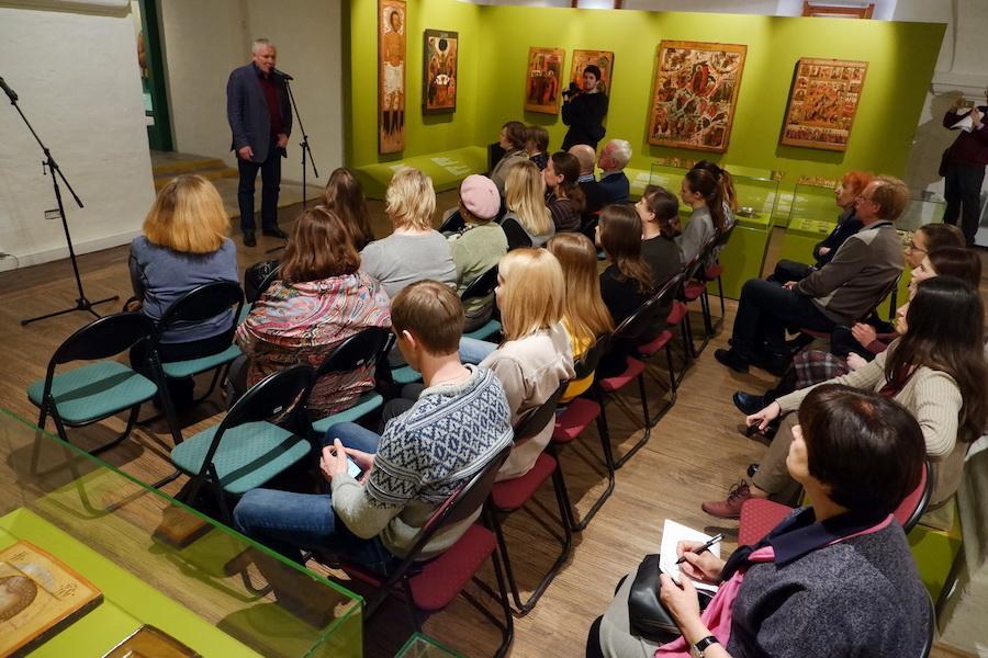 Презентация выставки «Графические образцы русской иконы. Итоги реставрации»