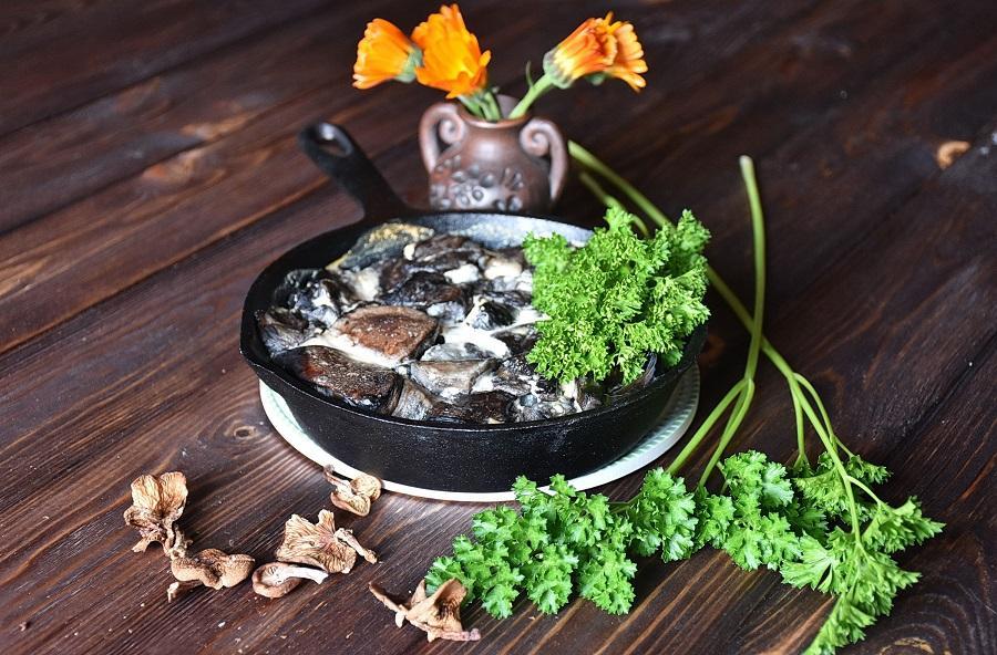 Тушеные шампиньоны: как и сколько тушить грибы