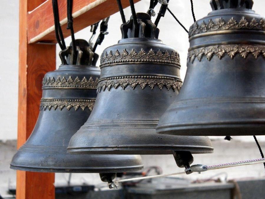 Обязанли Бог совершать чудо вобмен напосещение храма?