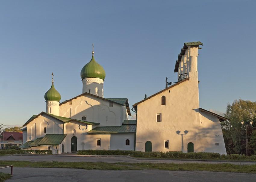 Три святителя: Василий Великий, Григорий Богослов и Иоанн Златоуст