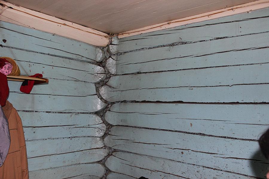 Стены в одной из комнат дома купцов Логиновых