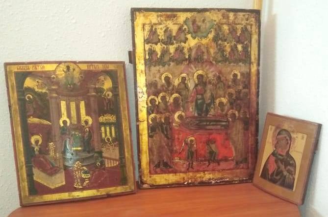Старообрядцам Украины впервые в истории вернули ранее похищенные иконы